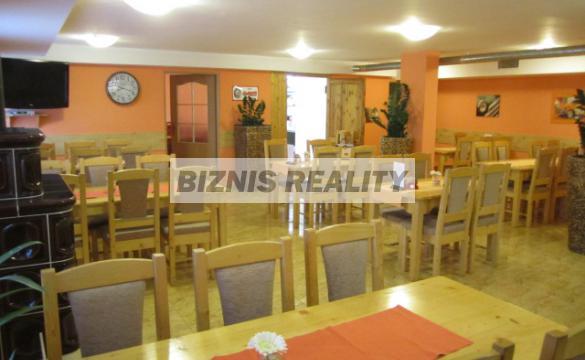 """<div id=""""nivo-caption-nazov"""">Ponúkame na PREDAJ prosperujúcu reštauráciu v prevádzke v Bratislave vo 4. Obvode s dobrou občianskou... </div> <div id=""""nivo-caption-lokalita"""">Bratislava IV &nbsp; Reštauračné priestory </div> <div id=""""nivo-caption-cena""""> Predaj: 220 000  EUR  </div>"""